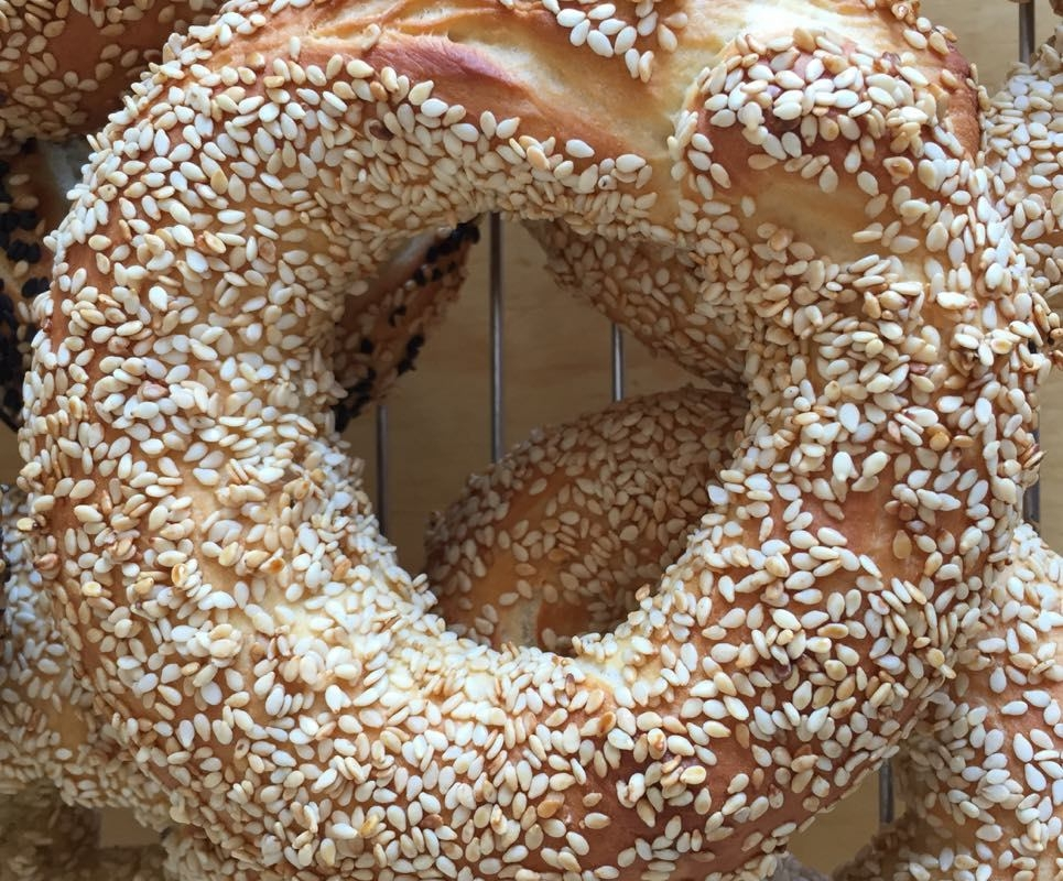 sesame breadrings